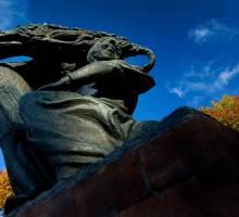 Chopin standbeeld in Lazienki park
