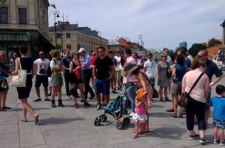 Walking city tour