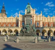 Krakow, Mickiewicz statue